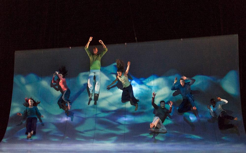 【2014】Scattered スキャッタードダンスとプロジェクションマッピングの融合@六本木ブルーシアター